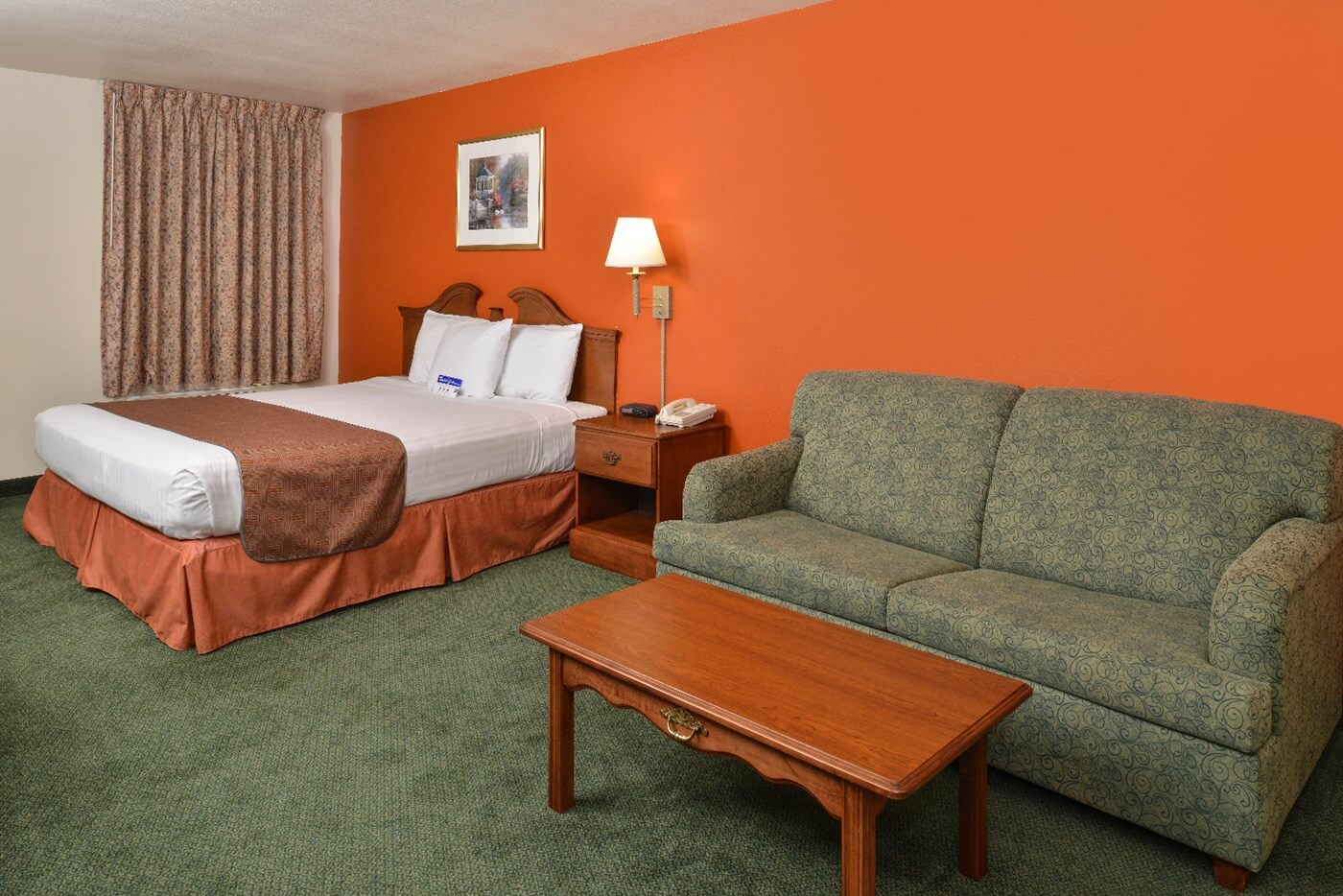 1 King Bed Accessible Suite Non-Smoking